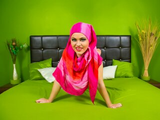 AarianaMuslim free webcam shows