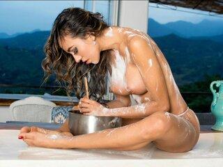 NatashaWen shows nude online